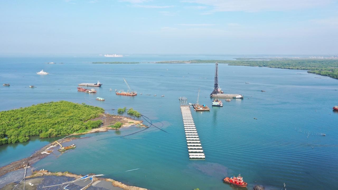 (English) Piling Works for Long Son Complex Package F, Ports